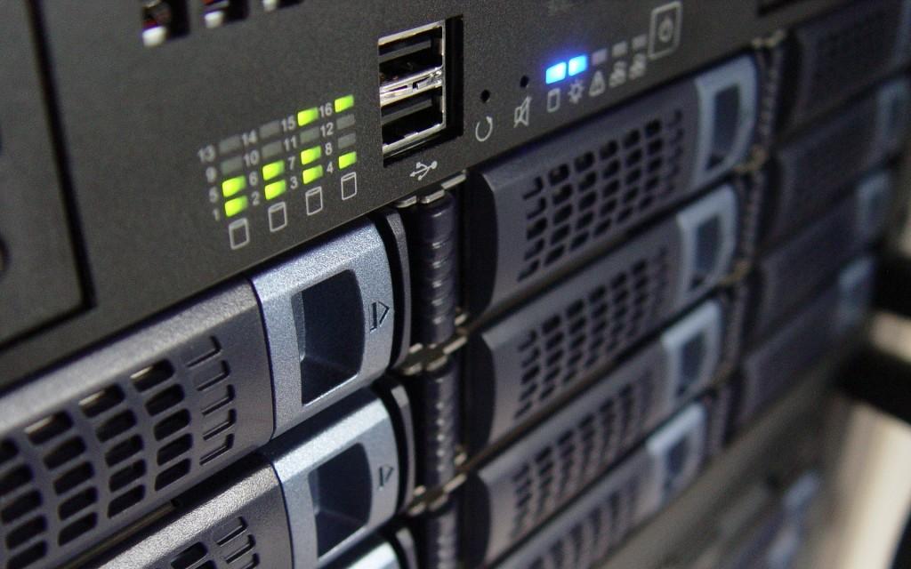 Raid 0 y Raid 1 almacenamiento de datos