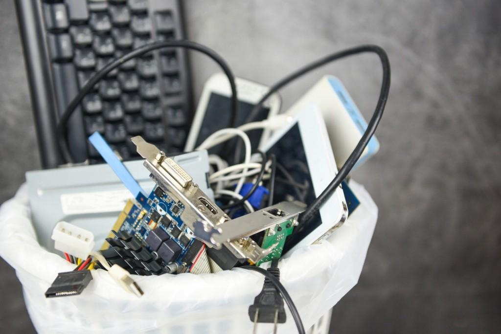 Como reducir el e-waste desde tu empresa